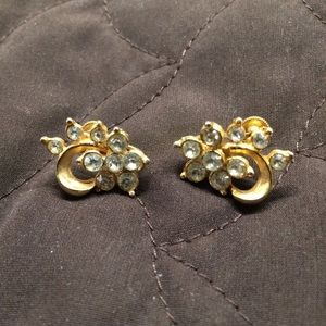 Sparkly Vintage GoldTone Earrings